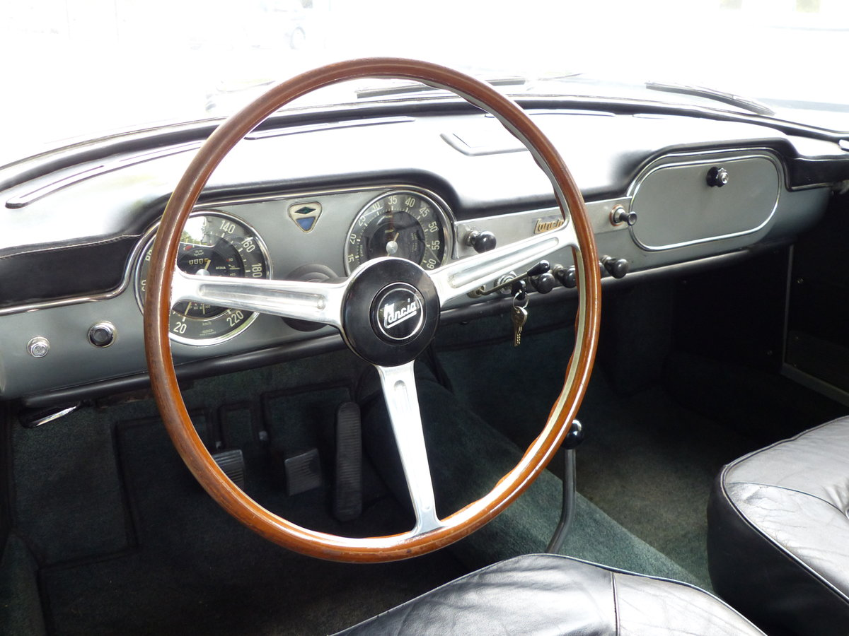 1967 La dolce vita:original and unwelded Flaminia GTL Touring 2.8 For Sale (picture 9 of 12)