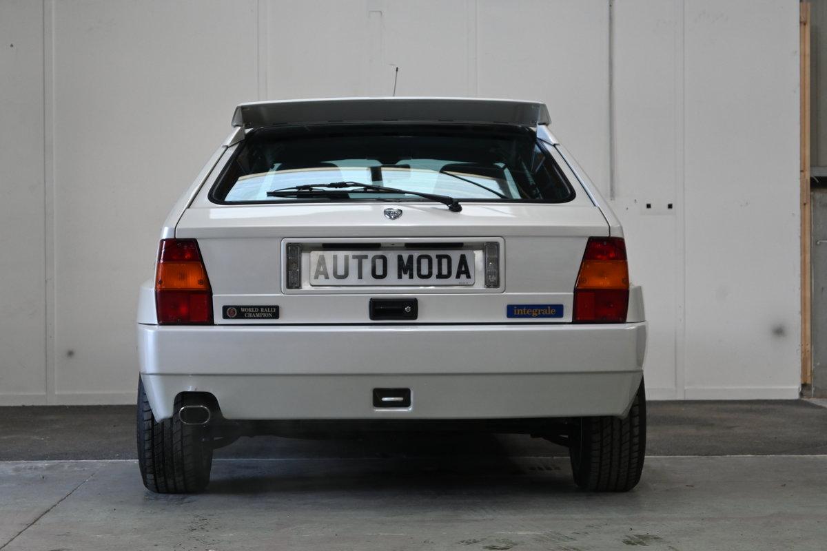 1994 Lancia Delta Integrale Evo II Bianco Perlato LTD Edition For Sale (picture 4 of 12)