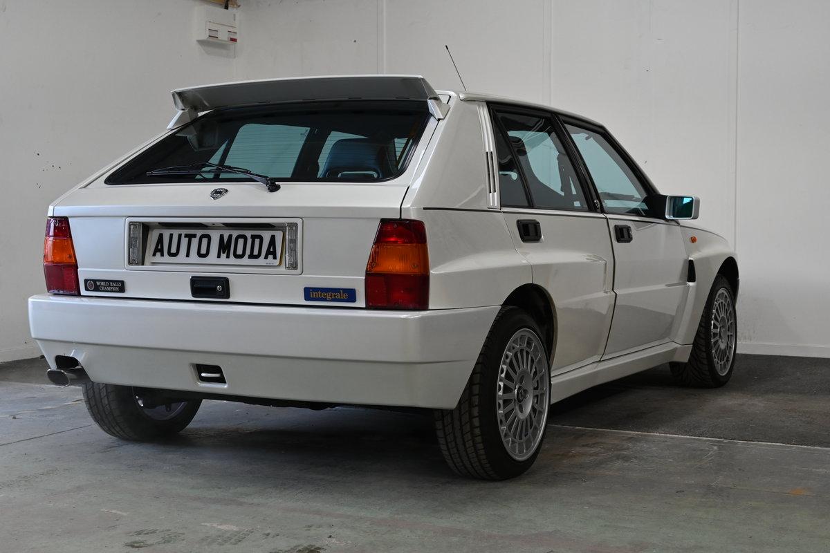 1994 Lancia Delta Integrale Evo II Bianco Perlato LTD Edition For Sale (picture 6 of 12)