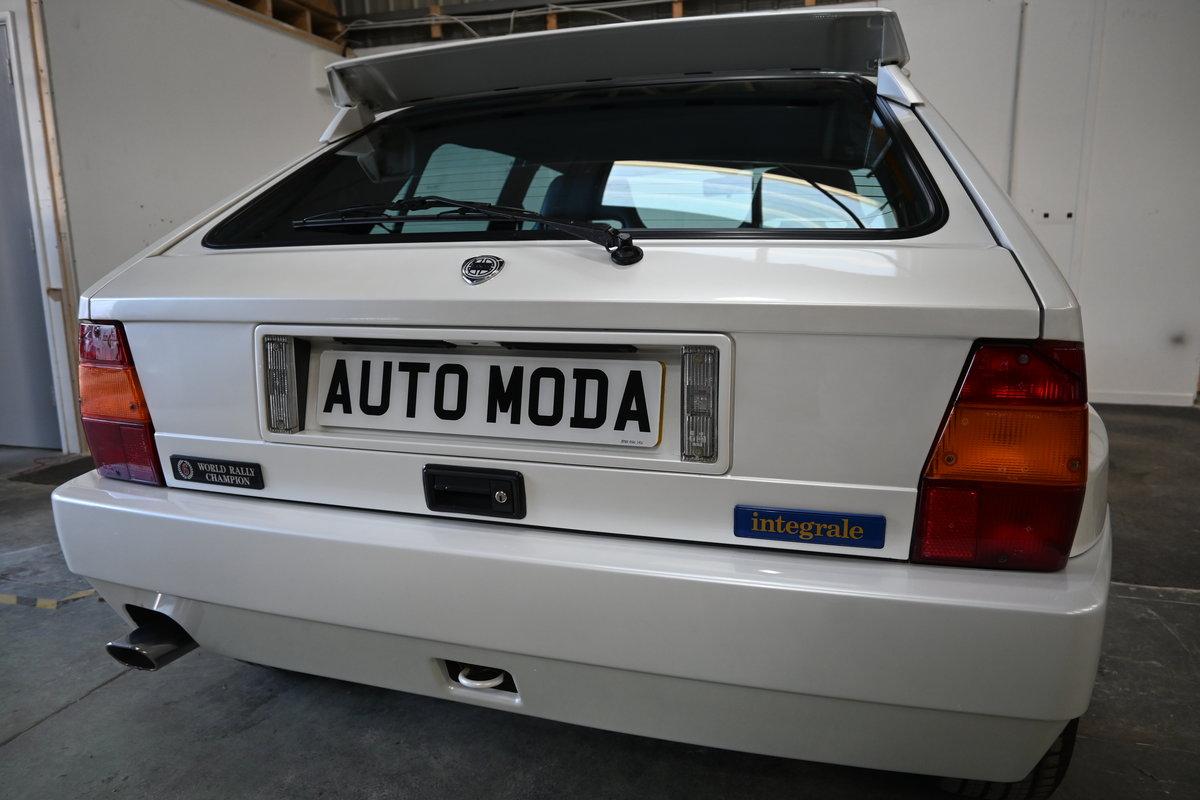 1994 Lancia Delta Integrale Evo II Bianco Perlato LTD Edition For Sale (picture 8 of 12)