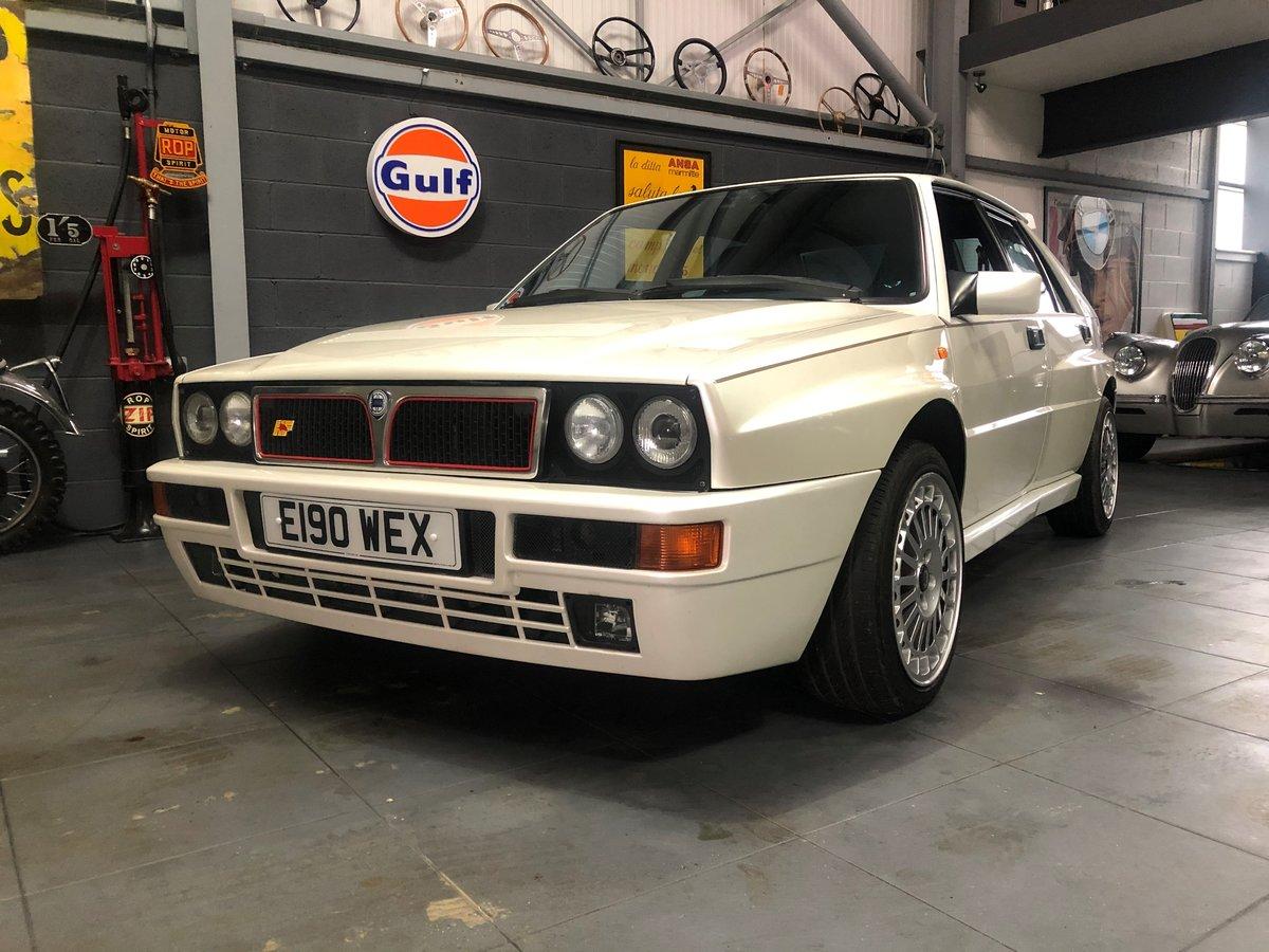 1989 Lancia Delta HF Integrale 'Bianco Perlato' SOLD (picture 2 of 12)