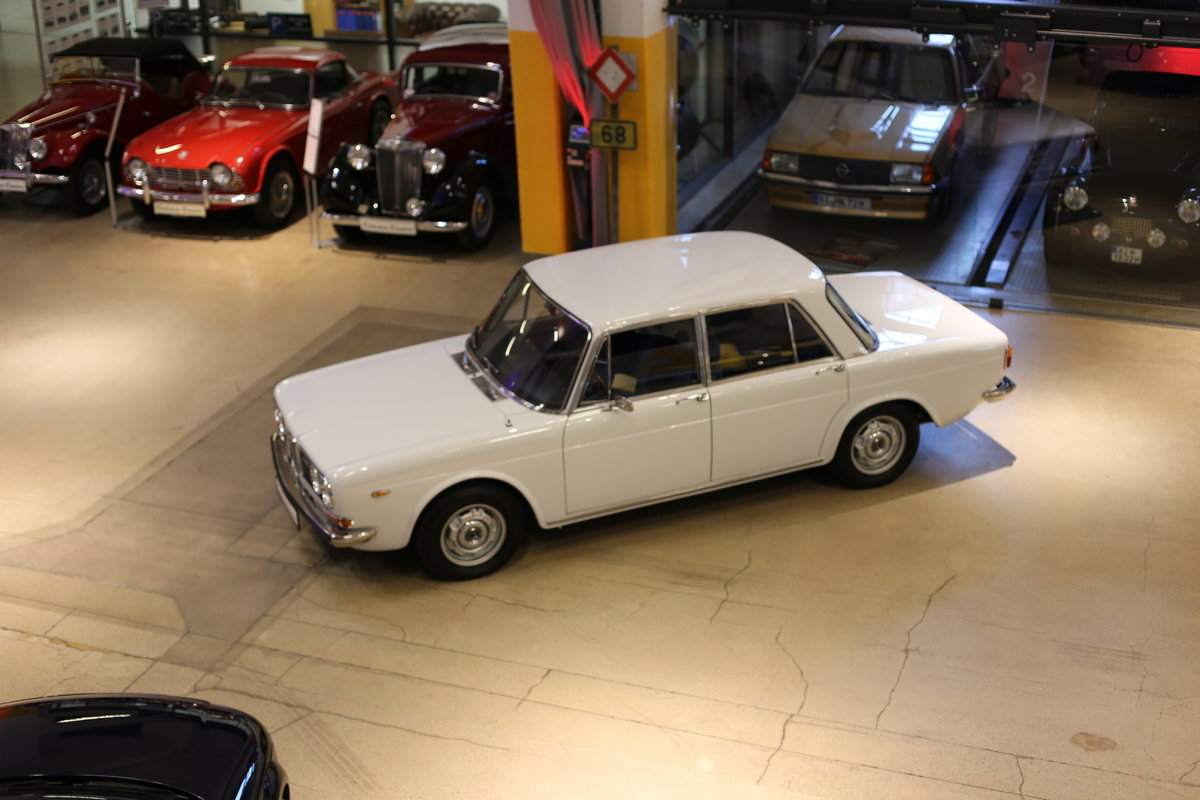 1973 A rare Lancia Berlina 2000 i.e. Type 820.416 with 18k km&apo For Sale (picture 8 of 12)