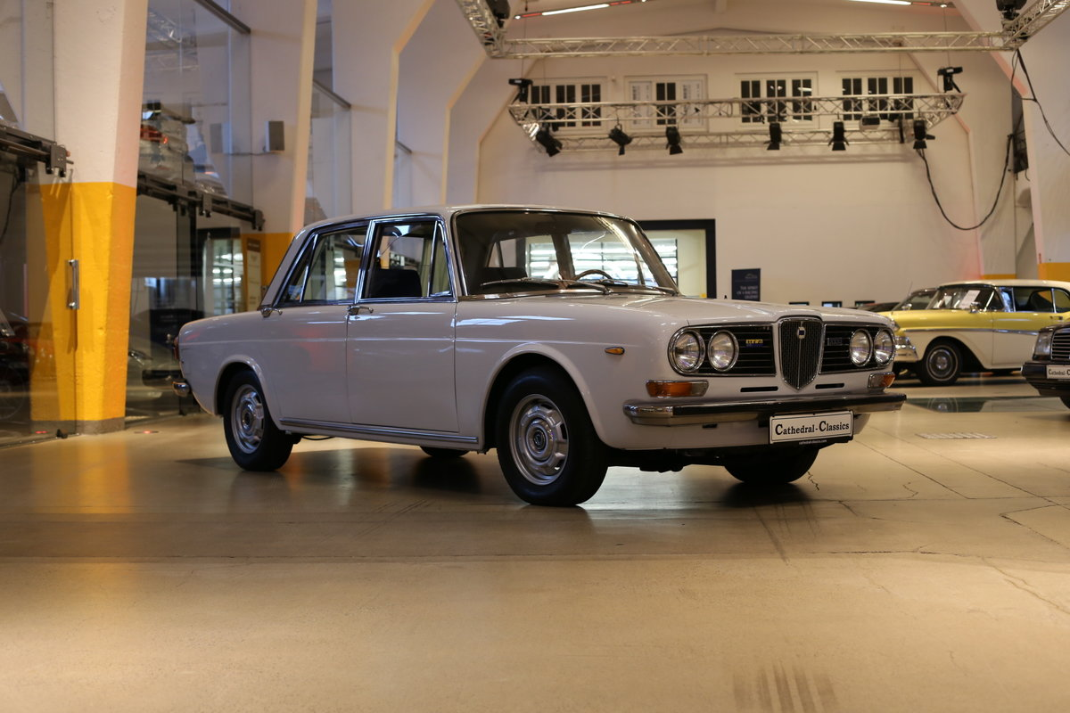 1973 A rare Lancia Berlina 2000 i.e. Type 820.416 with 18k km&apo For Sale (picture 9 of 12)