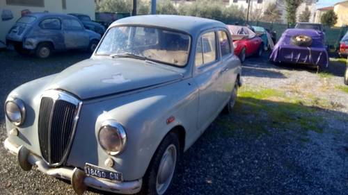 1955 RHD Lancia Appia Series I COMPLETE ALL ORIGINAL PROJECT For Sale (picture 3 of 5)