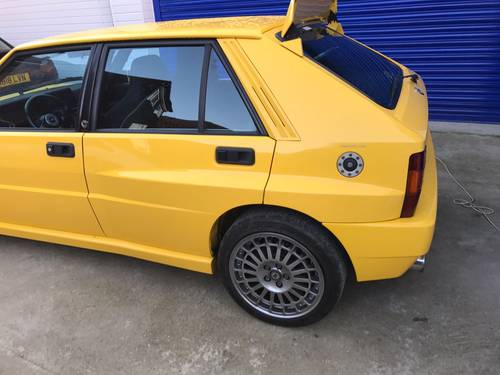 1994 Lancia Delta Integrale Evo 2 Giallo Ginestra For Sale (picture 3 of 6)