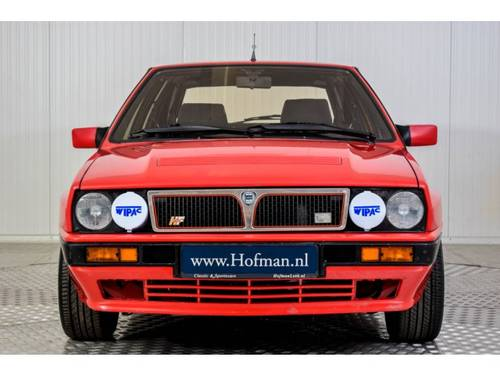1991 Lancia Delta 2.0-16V HF Integrale For Sale (picture 3 of 6)