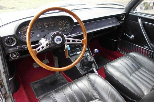 1970 Lancia Flavia 2000 Coupe SOLD (picture 5 of 6)