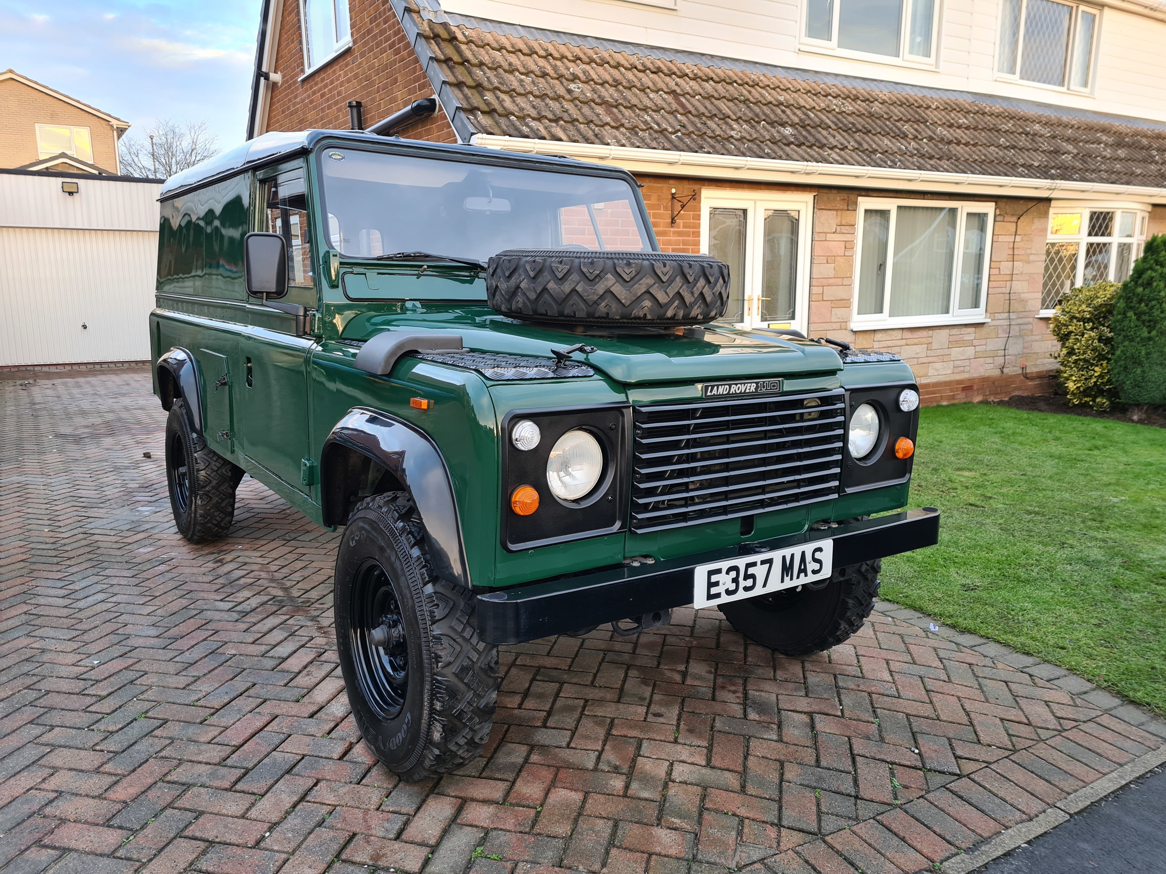 Land Rover 110 2.5n/a LHD USA EXPORTABLE IDEAL CAMPER