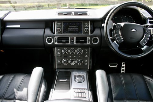 RANGE ROVER AUTOBIOGRAPHY 4.4D V8 2011 SOLD (picture 4 of 6)