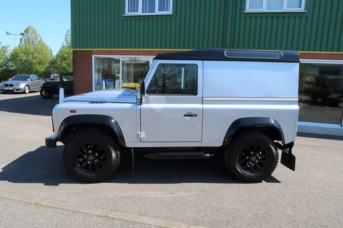 2014 Land Rover Defender 90 2.2TD County HARD TOP  SOLD (picture 2 of 6)