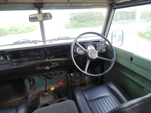 1981 Land Rover Series III SOLD (picture 4 of 6)