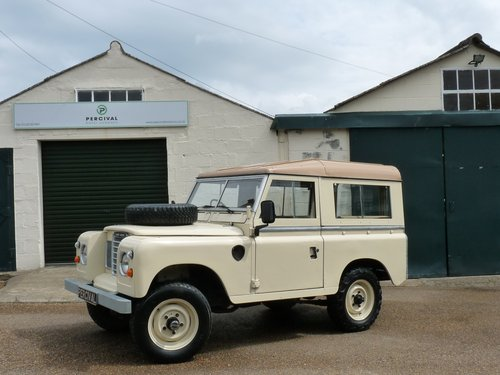 1981 Land Rover Series 111, galvanised chassis SOLD (picture 1 of 6)