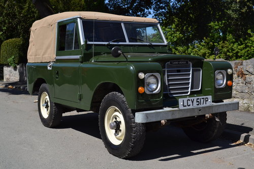 1976 Land Rover Series 3 Bronze Green Softop Galvanised Chassis SOLD (picture 1 of 6)