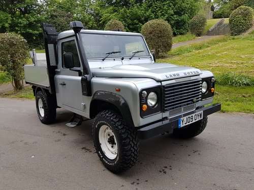 2009 LAND ROVER DEFENDER 110 TDCI PICK UP For Sale (picture 1 of 6)