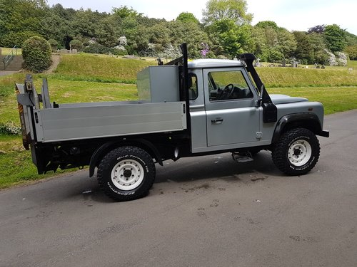2009 LAND ROVER DEFENDER 110 TDCI PICK UP For Sale (picture 2 of 6)