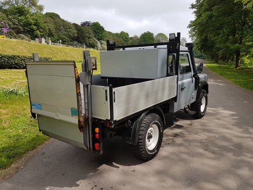 2009 LAND ROVER DEFENDER 110 TDCI PICK UP For Sale (picture 3 of 6)
