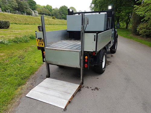 2009 LAND ROVER DEFENDER 110 TDCI PICK UP For Sale (picture 4 of 6)