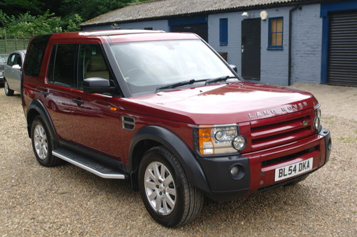 Land Rover Discovery 3 TDV6 SE. 1 Family Owned. Low Miles.. SOLD (picture 1 of 6)