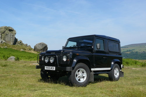 2005 Defender 90 Station Wagon SOLD (picture 1 of 6)
