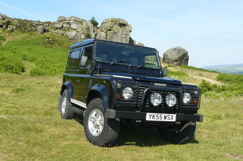 2005 Defender 90 Station Wagon SOLD (picture 3 of 6)