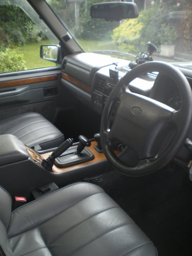 1994 Range Rover Classic Vogue 300TDi For Sale (picture 4 of 6)