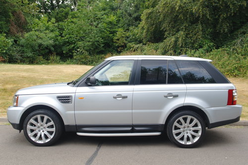 RANGE ROVER SPORT.. HSE TDV8.. ONE OWNER + FSH SOLD (picture 1 of 4)