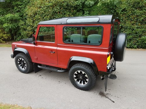 SIMMONITES 70TH EDITION LAND ROVER DEFENDER 90 TD5 COUNTY ST For Sale (picture 3 of 6)