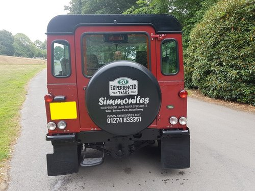 SIMMONITES 70TH EDITION LAND ROVER DEFENDER 90 TD5 COUNTY ST For Sale (picture 4 of 6)