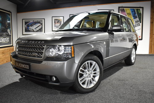 2009 Range Rover TDV8 VOGUE SOLD (picture 1 of 6)