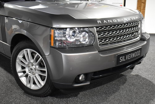 2009 Range Rover TDV8 VOGUE SOLD (picture 2 of 6)