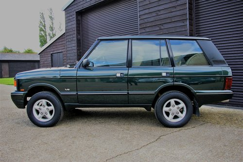 1995 Range Rover Classic 3.9 V8 SWB TWR Auto (65414 miles)   SOLD (picture 1 of 6)