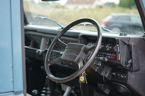 Land Rover 90 1986 Defender Hardtop Original Condition SOLD (picture 6 of 6)