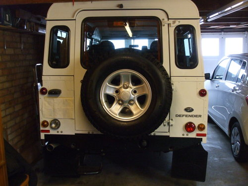 2014 LAND ROVER DEFENDER 110 TDCI STATION WAGON For Sale (picture 4 of 6)
