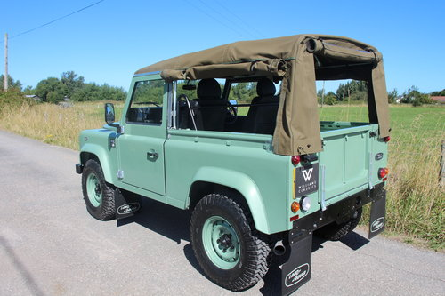 Land Rover Defender 90 Heritage Edition Soft Top 1 Owner SOLD (picture 6 of 6)