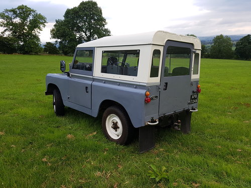 Land Rover series 2a 1962 overdrive For Sale (picture 2 of 6)