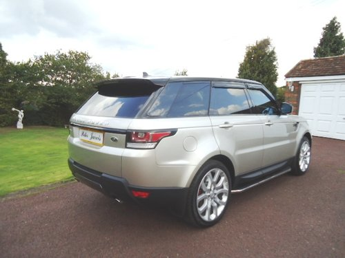 2015 Range Rover Sport  HSE Dynamic For Sale (picture 2 of 6)