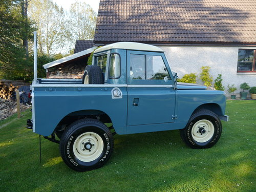 1969 Land Rover Series IIA SWB For Sale (picture 4 of 6)