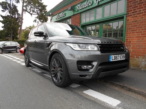 2018 Range Rover Sport SDV6 HSE  SOLD (picture 2 of 4)