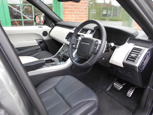 2018 Range Rover Sport SDV6 HSE  SOLD (picture 4 of 4)