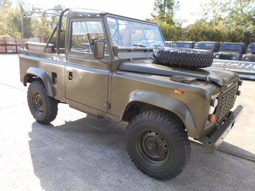 1991 Ex-Military Def 90 for sale in EXCELLENT CONDITION For Sale (picture 1 of 6)