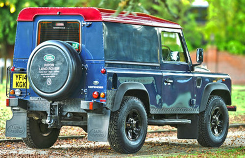 2014 Land Rover Defender 90 Hard Top SOLD (picture 4 of 6)
