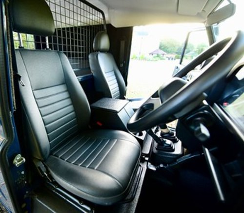 2014 Land Rover Defender 90 Hard Top SOLD (picture 5 of 6)