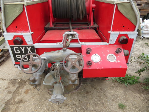 "1954 86"" Land Rover Series 1 Genuine Fire Tender For Sale (picture 3 of 6)"