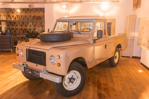 1981 New Series 3 Stage 1 V8 Pickup LHD For Sale (picture 2 of 6)