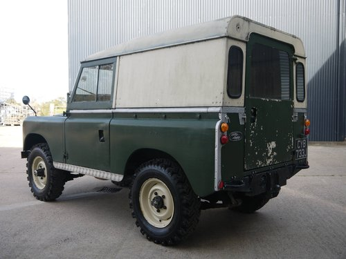 1971 Land Rover Series IIA 88 SOLD (picture 2 of 6)