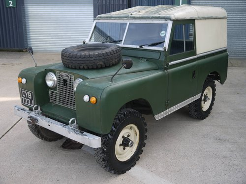 1971 Land Rover Series IIA 88 SOLD (picture 3 of 6)