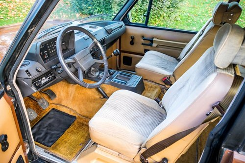 1984 Land Rover Range Rover Classic. 3.5 Litre 5 Speed Manua SOLD (picture 4 of 6)