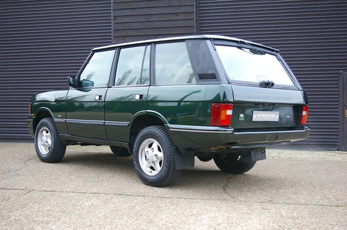 1995 Land Rover Range Rover CLASSIC 3.9i V8 SWB (71,661 miles) SOLD (picture 3 of 6)