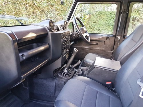 2014 LAND ROVER DEFENDER 110 TDCI UTILITY XS For Sale (picture 4 of 6)