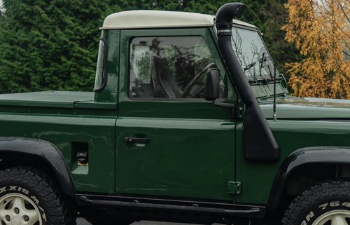 1995 (N) Land Rover Defender Tdi Pick Up-Fantastic Condition For Sale (picture 3 of 6)